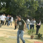 Hamid Singing